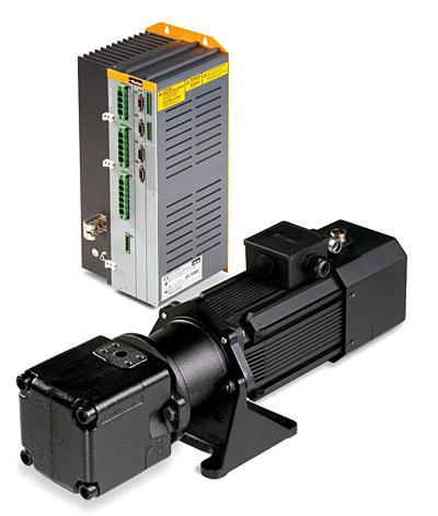 Fot. 2. Sterownik Compax3 oraz zestaw silnik serwo – pompa łopatkowa