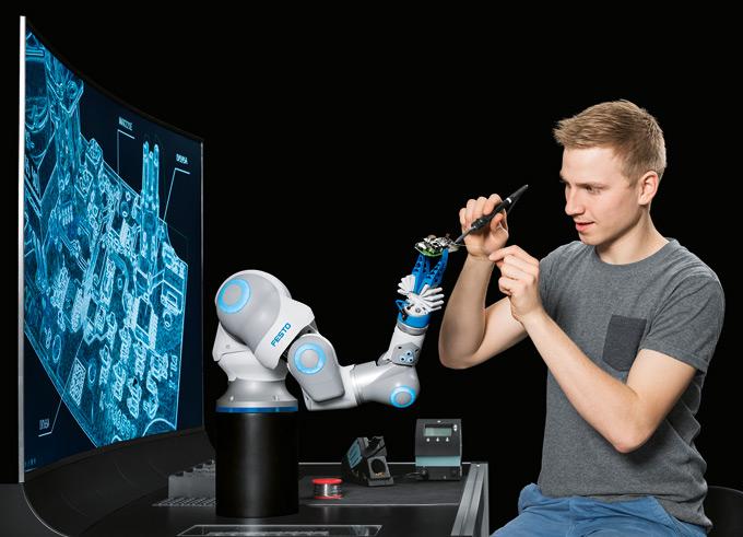 """BionicCobot: lekki robot pneumatyczny wykorzystujący technologię zastosowaną  w Festo Motion Terminal jako przykład współpracy """"człowiek – maszyna"""""""